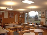 Klassenzimmer_hinten2.jpg